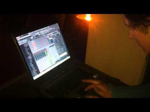 Live session of Beatmaker - SALAMUN at Art-Labyrinth December 2014