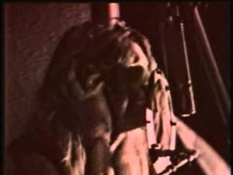Tekst piosenki Skid Row - C'mon And Love Me po polsku