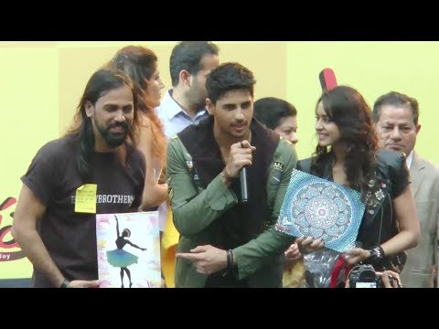 Sidharth Malhotra & Rakul Preet Singh Promote Aiya