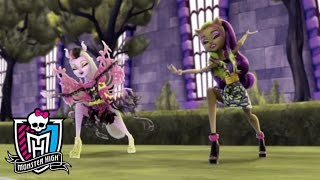 Hybrids Clip From Freaky Fusion   Monster High