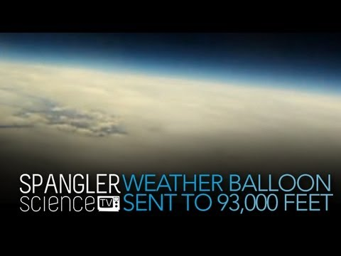Wetter Balloon Sent to 93.000 Feet - Cool Science Experiment