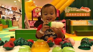 Kenzo main di Playground Belajar Nama Buah dan Sayur | Learning English for Toddler