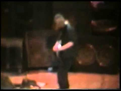 Pearl Jam's Reaction To Kurt Cobain's Death 20 Years Ago