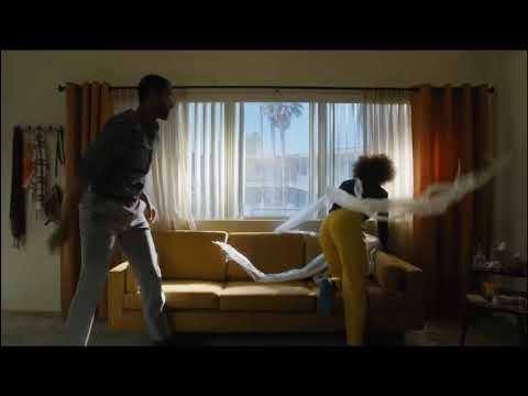 insecure - couch scene