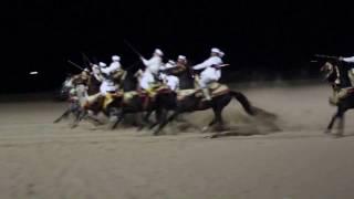 Fantasia, alias tbourida sur la plage d'Agadir pour le Nouvel-An 2016-2017