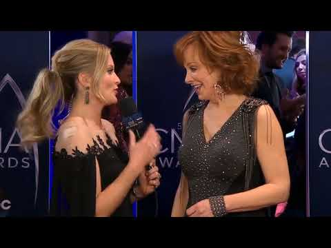 Reba Interview @ 2017 CMA's