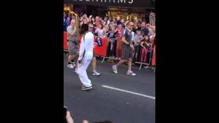 Will.i.am doing Moon Walk with Olympic Torch! DOPE. London 2012