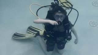 Max's 2nd confined water dive for his PADI Open Water Certification