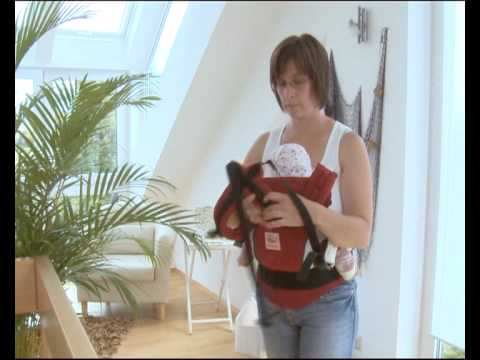 How to Use the Manduca Baby Carrier in Front Carry Position with cross straps