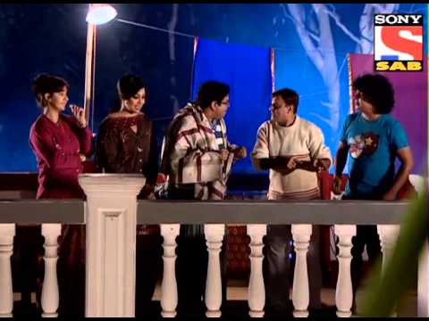 Chidiya - Gaumukh expresses his opinion of studying further and Mendhak is busy tying Chidiya Ghar with a rope. Ghotak is trying his best to convince all the members t...