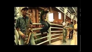Video Monkey Boots - Tunggulah Tunggu (Official Music Video) MP3, 3GP, MP4, WEBM, AVI, FLV Maret 2019