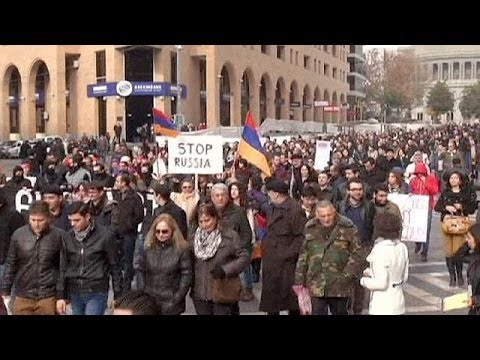 Armenians protest during Putin visit to Yerevan - no comment