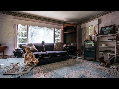 Abandoned Grandmothers House She Passed Away Inside And The Family Left Everything Behind