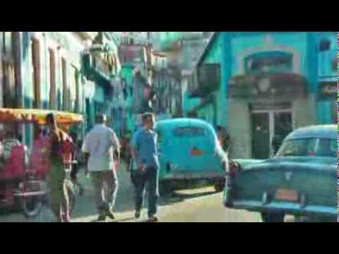 Saturday in Havana In this street was all day music La Habana In deze straat was de hele dag muziek