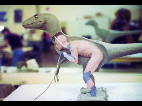 當年《侏儸紀公園》在沒有特效的幫助下,你絕對想不到是靠這樣來製作出超逼真的迅猛龍!