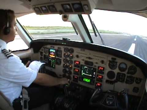 TAKEOFF AND DEPARTURE BEECHCRAFT KING AIR 90