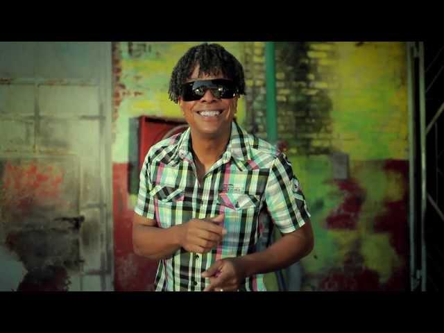 YULY & HAVANA C - Bailando (Se Te Va Bailando) [Official Video HD]
