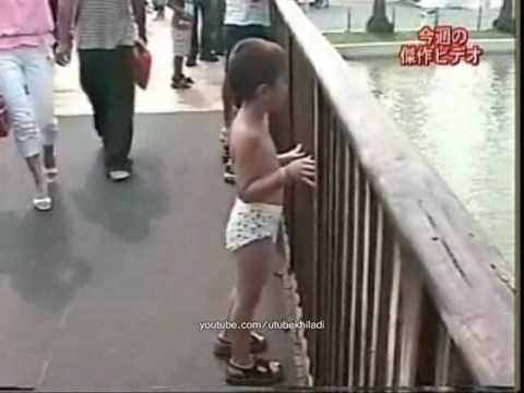 very Funny - Kid Got Splashed in theme park [ FAIL ]