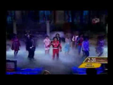 Parodia De Michael Jackson-Omar Chaparro En Hazme Reir