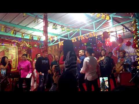 Video Zaskia Gotic - Juragan Empang (Official Video Music) download in MP3, 3GP, MP4, WEBM, AVI, FLV January 2017