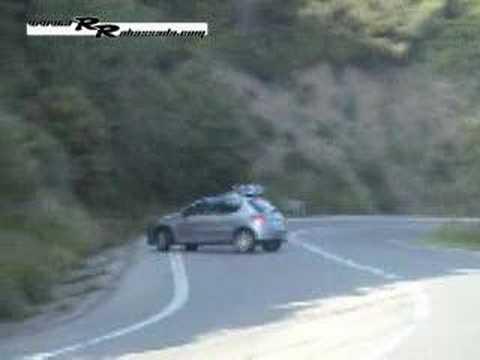 Choque de Peugeot 206 - Carreras Ilegales