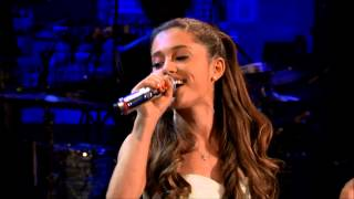 Selena Gomez vs Ariana Grande (Live Battle)