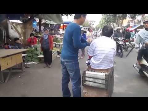Hát rong - Xuân Này Con Không Về - cực chất ở Buôn Ma Thuột