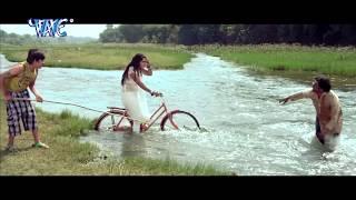 Video KISSIING SCENES || Dinesh Lal || Kajal Raghwani || Latest Bhojpuri Movie SCENES download in MP3, 3GP, MP4, WEBM, AVI, FLV January 2017