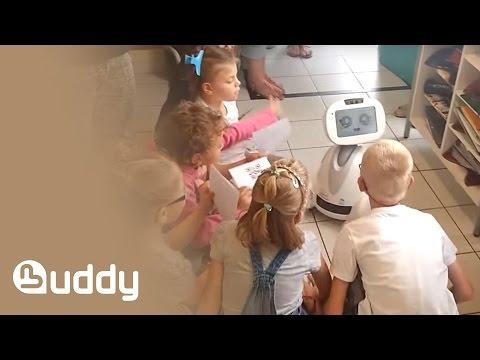 BUDDY joue avec des enfants atteints d'autisme (2)