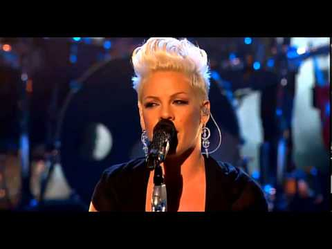 "Pink Does ""Try"" on X Factor UK"