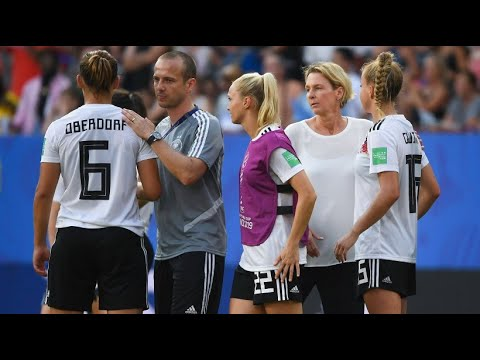 Fußball: WM-Aus - »Der deutsche Frauenfußball muss je ...