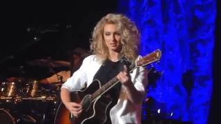 Video Tori Kelly 'I Was Made For Loving You' Greek Theatre MP3, 3GP, MP4, WEBM, AVI, FLV Maret 2018