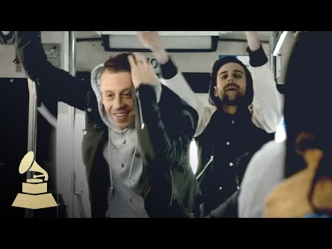 Vid: Macklemore Surprise Bus Show