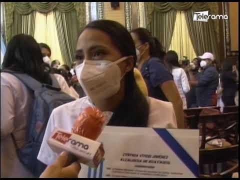 Alcaldesa Viteri reconoció labores de médicos durante la crisis sanitaria