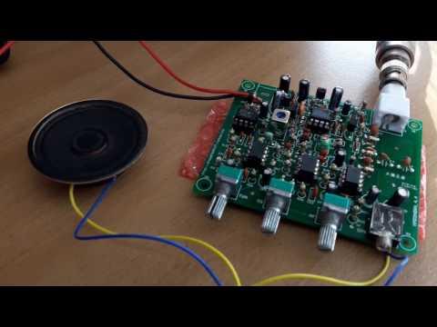 Working home made Air Band Receiver DIY kit: Ljubljana radar radio traffic.