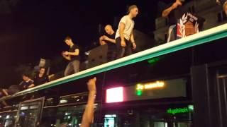 Video Marseillaise chantée par 20 mecs sur bus à Paris, victoire France Allemagne Euro 2016 MP3, 3GP, MP4, WEBM, AVI, FLV Agustus 2017