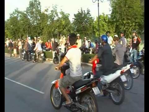 Dua Xe Vung Tau 6h 2/9 2010 09