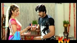 Video Aarthi agarwal yummy navel show | pallu drop Srikanth correcting it download in MP3, 3GP, MP4, WEBM, AVI, FLV January 2017