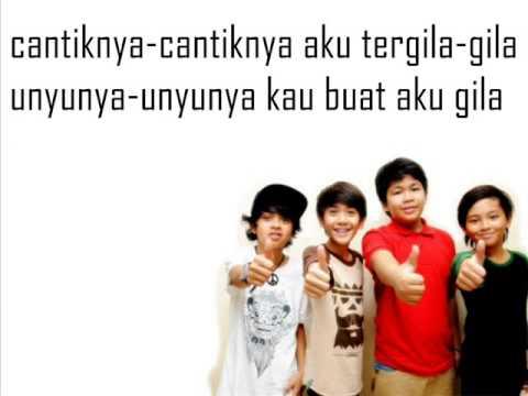 Download Lagu Coboy Junior - Demam Unyu Unyu (Picture+Lyric) Music Video