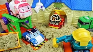 Video Robocar Poli car toys and city hall sand play MP3, 3GP, MP4, WEBM, AVI, FLV Juli 2018