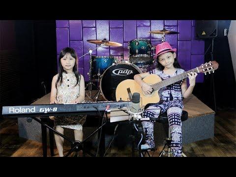 True Colors - (Cover by Aya & Jingga)