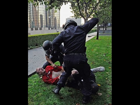 POLICE BRUTALITY in the streets of Brno
