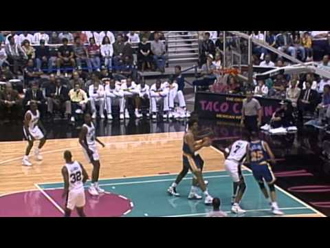 Video: Tim Hardaway Leads the Warriors Past David Robinson's Spurs on Opening Night - League Pass Look Back