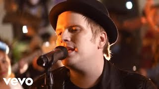Video Fall Out Boy - HOLD ME TIGHT OR DON'T MP3, 3GP, MP4, WEBM, AVI, FLV Juni 2018
