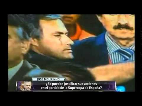 Mourinho pincha el ojo de Tito Vilanova - Análisis (видео)