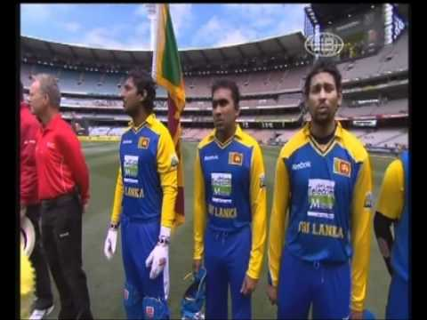 Alston Koch sings Sri Lankan national anthem during ODI between SL and Aus at MCG
