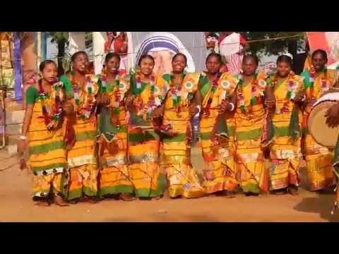 Video NEW..SUPERHIT SANTALI TRADITIONAL DANCE......2016 download in MP3, 3GP, MP4, WEBM, AVI, FLV January 2017