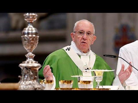 Βατικανό: Άφεση αμαρτιών για τις αμβλώσεις από όλους τους Καθολικούς ιερείς