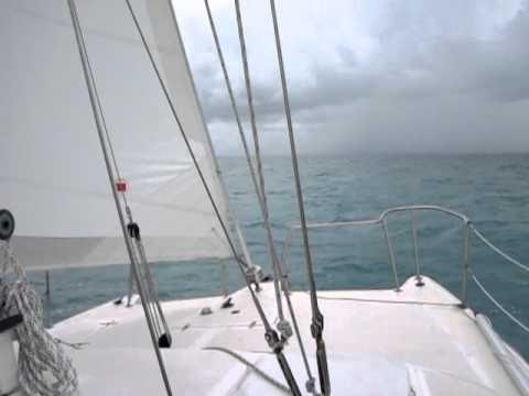 Utazás a Bahamák felé esőben