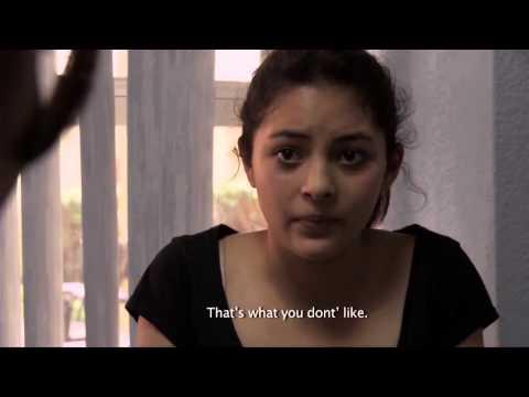 Estreno, El cuarto desnudo (видео)